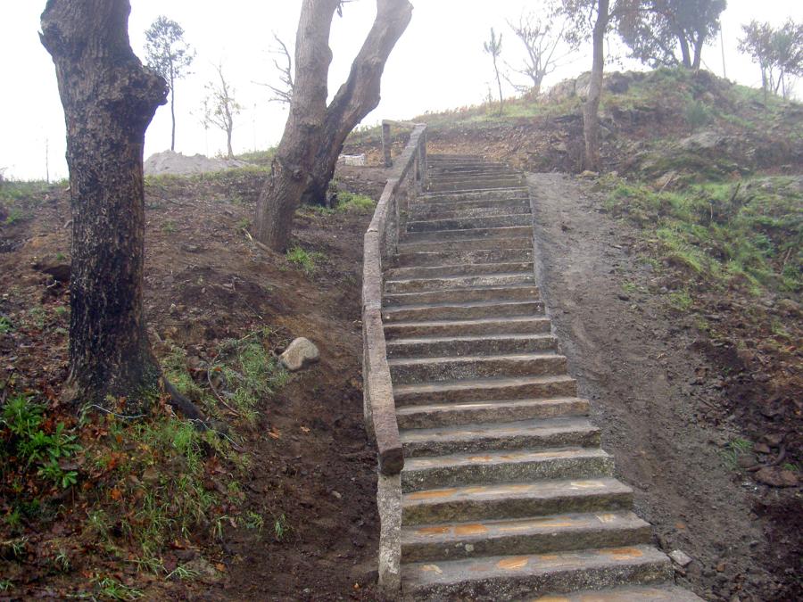 escalera en granito rustico
