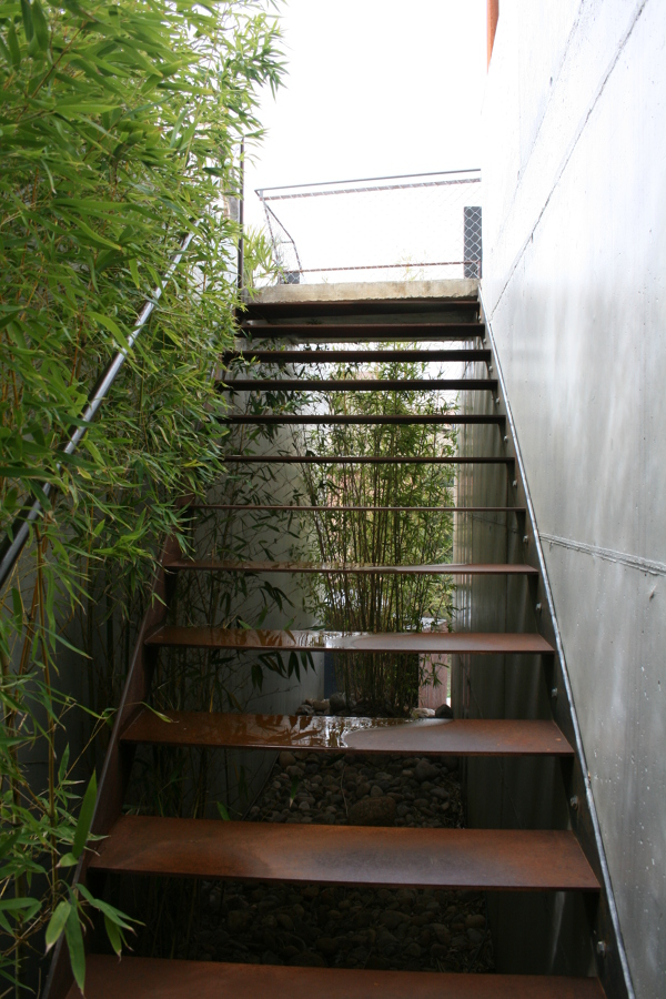 Escalera exterior Reforma vivienda unifamiliar Madrid