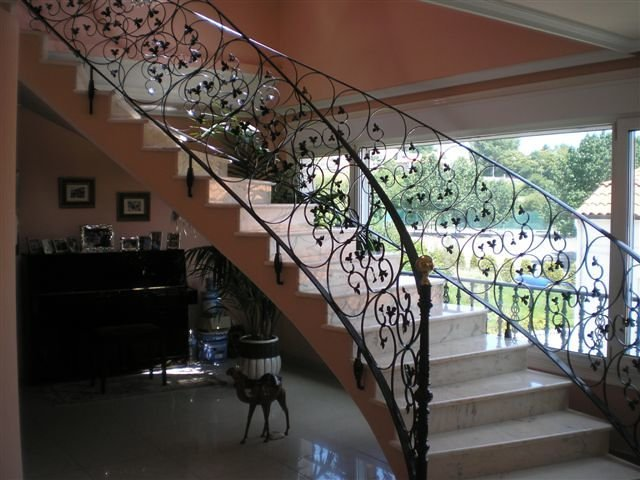 Foto escalera helicoidal de met licas fazouro 203481 for Escaleras helicoidales