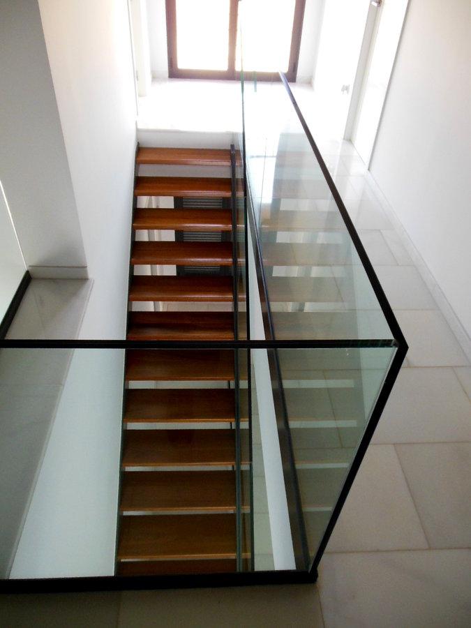 Foto Escalera Interior En Vivienda Unifamiliar De