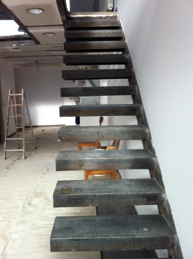 Foto Escalera Met Lica Acceso Primera Planta Loft En