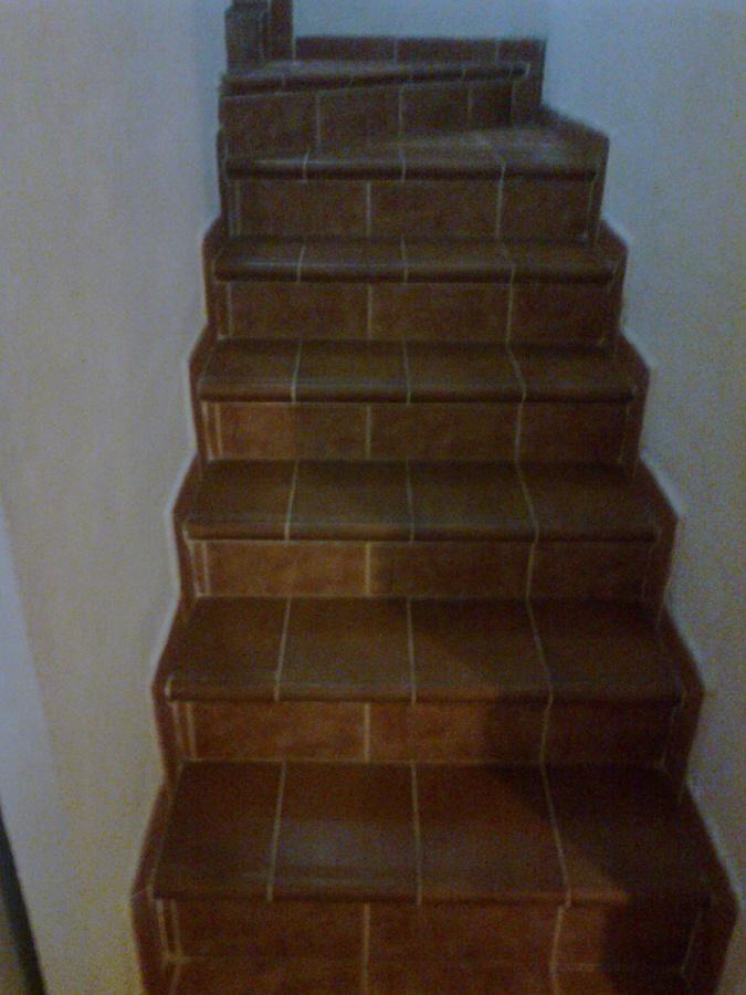 Escaleras para sotanos tucker english with escaleras para - Escaleras para sotanos ...