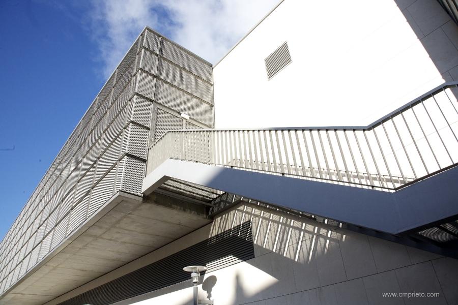 Escaleras CC León Plaza