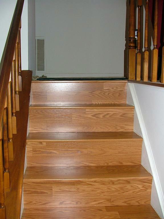 Foto Escaleras De Tarima Y Molduras De Large 214312