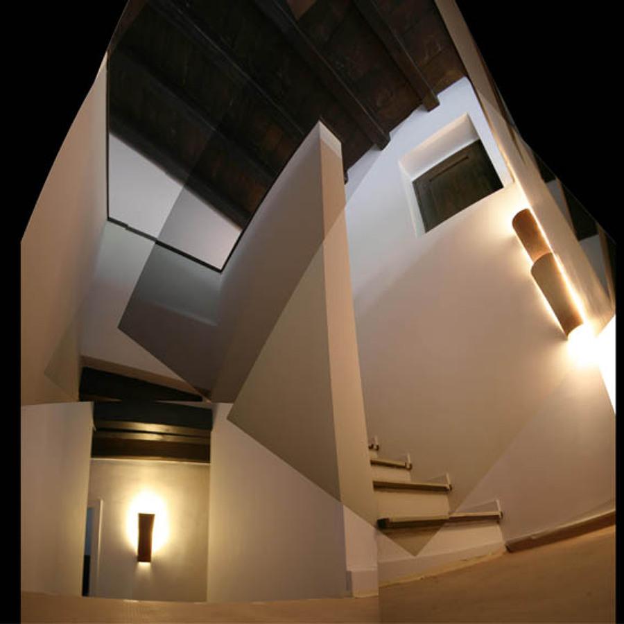 Nuevas escaleras en casa antigua
