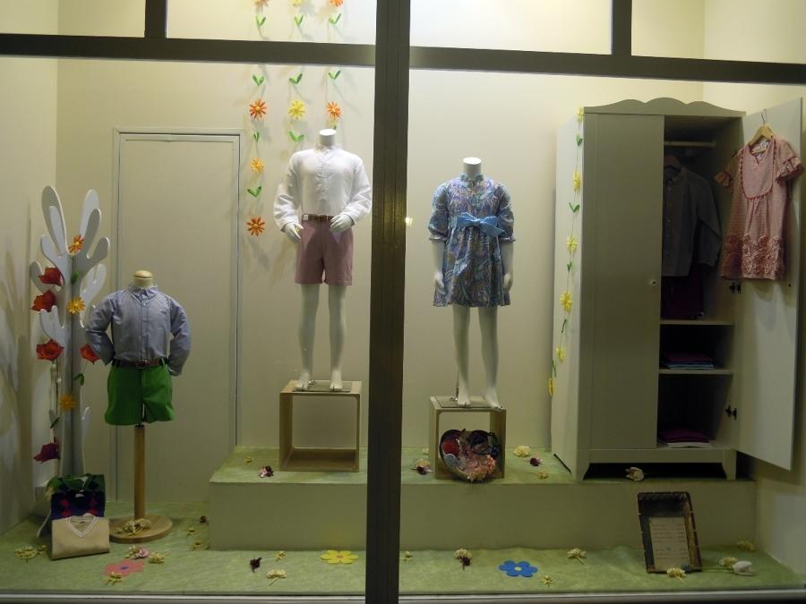 Foto escaparate de roberto carlos decoradores 234429 - Decoradores en sevilla ...