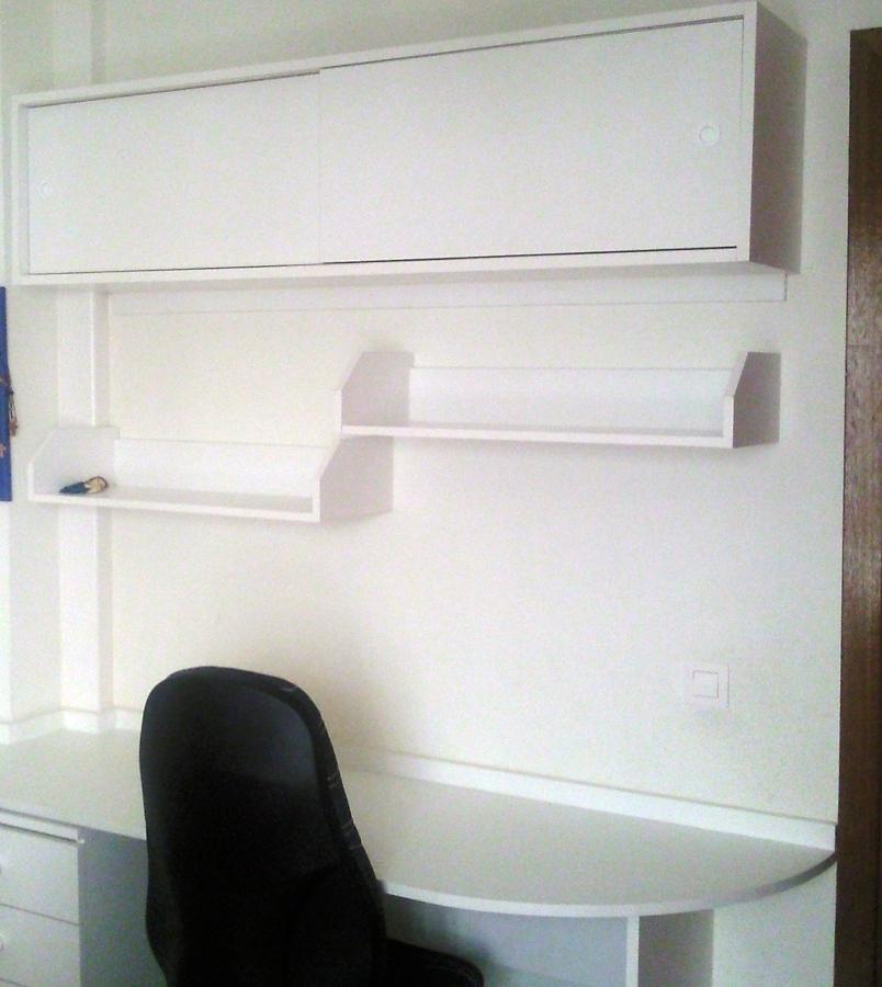 Foto escritorio y estanterias para dormitorio juvenil de - Estanterias para dormitorio ...