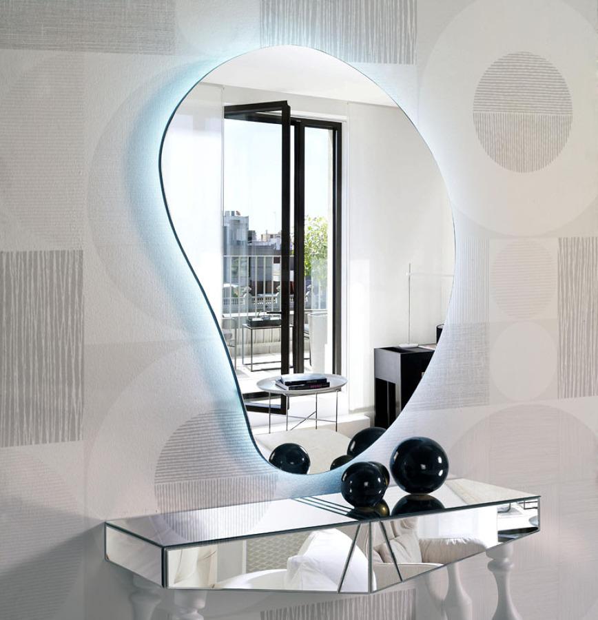 Foto espejo decorativo con luz de led de cristaler a for Espejo con luz led