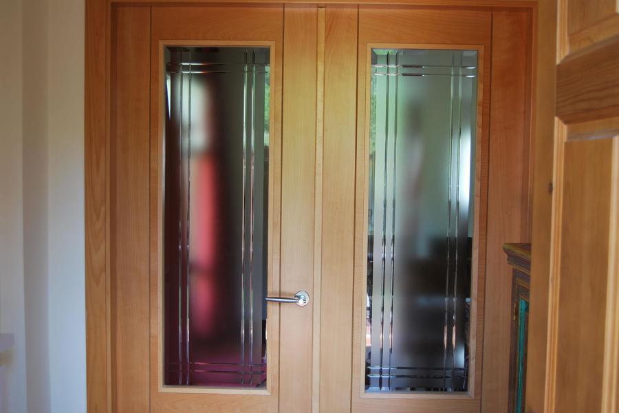 Foto vimat con estrias de cristaleria luis 1267686 - Puertas con cristales biselados ...