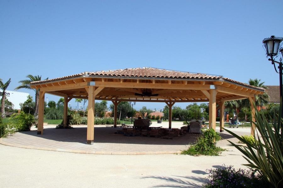 estructura octogonal con tejado (3)