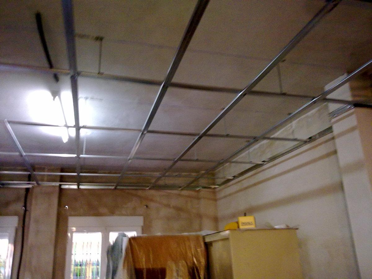 Foto estructura para techo pladur de fco javier gonz lez - Fotos de techos de pladur ...