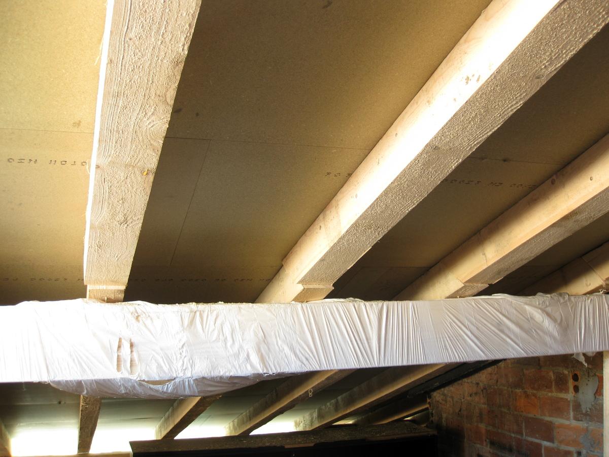 Foto estructuras de madera para cubiertas y tejados de for Tejados madera ourense