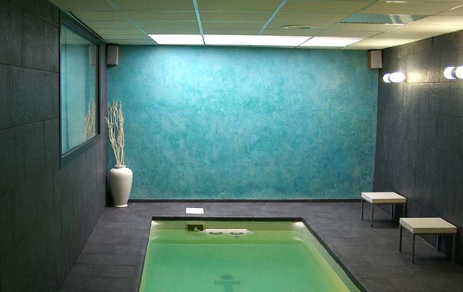 Foto estuco turquesa en piscina interior de mural x 3 - Decoradores en granada ...
