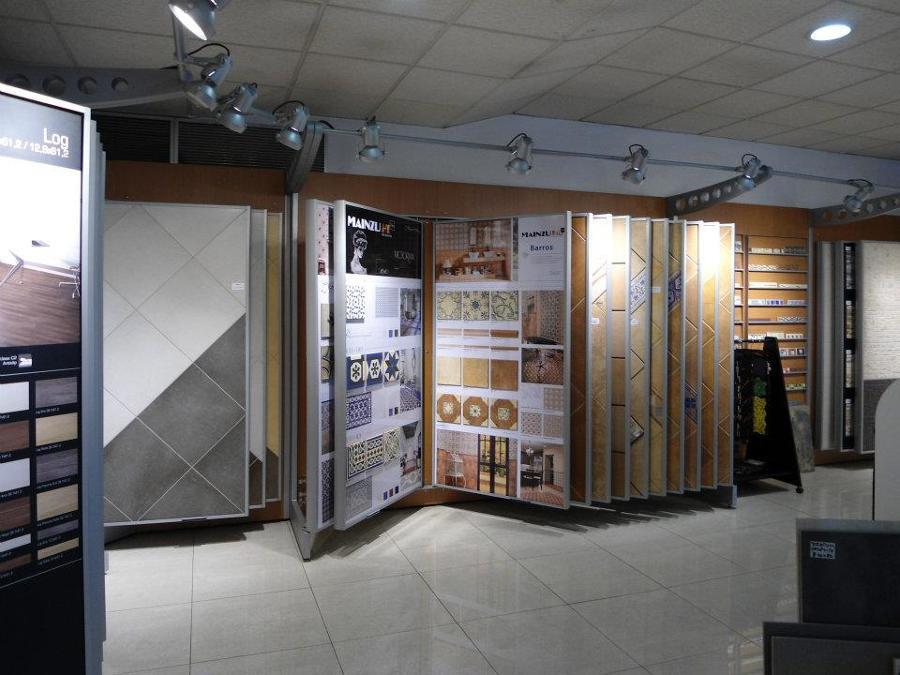 foto exposicion de azulejos casa s l 256992 habitissimo