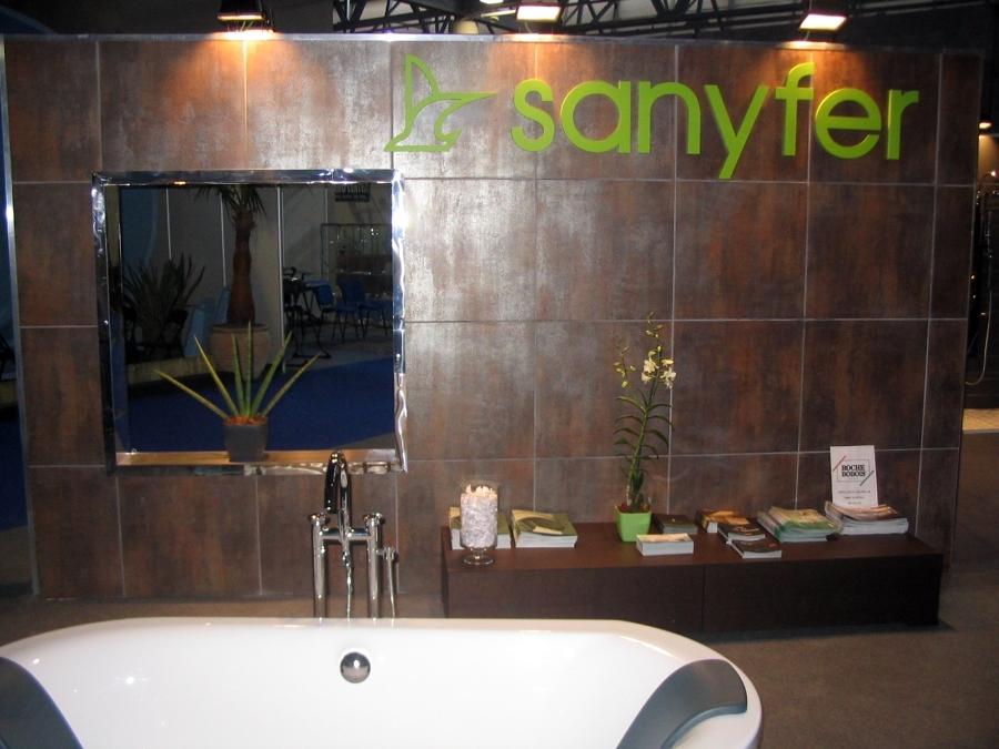Expositor Sanyfer