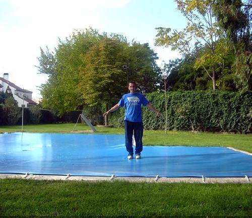Foto fabricaci n cubiertas de piscinas lona super pvc bicolor de tapicor decoraci n 147481 - Fabricacion de piscinas ...
