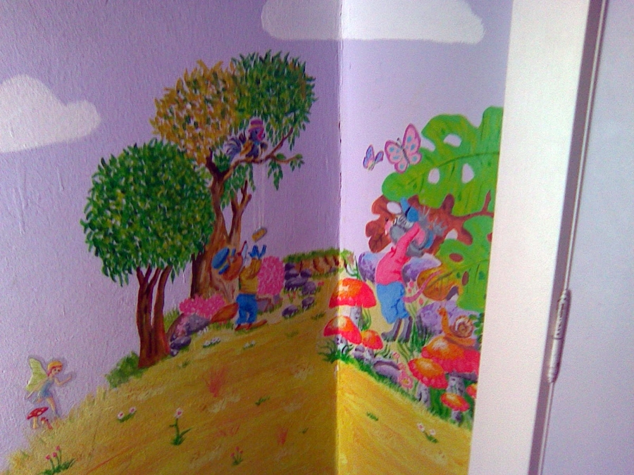 fabula pintada en habitación infantil