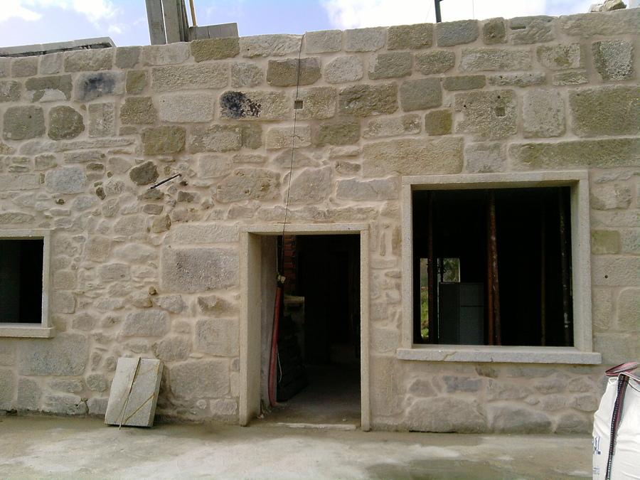 Foto fachada de piedra pa s de construper 750960 - Piedra para fachada ...