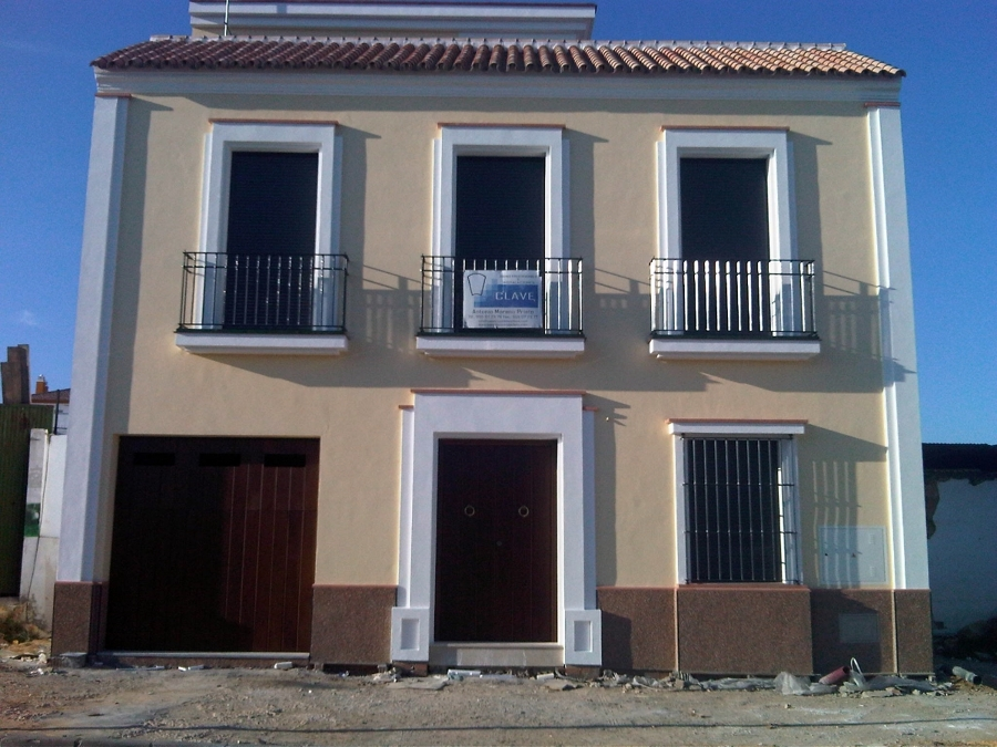 Foto fachada de vivienda de construcciones e for Fachadas de viviendas