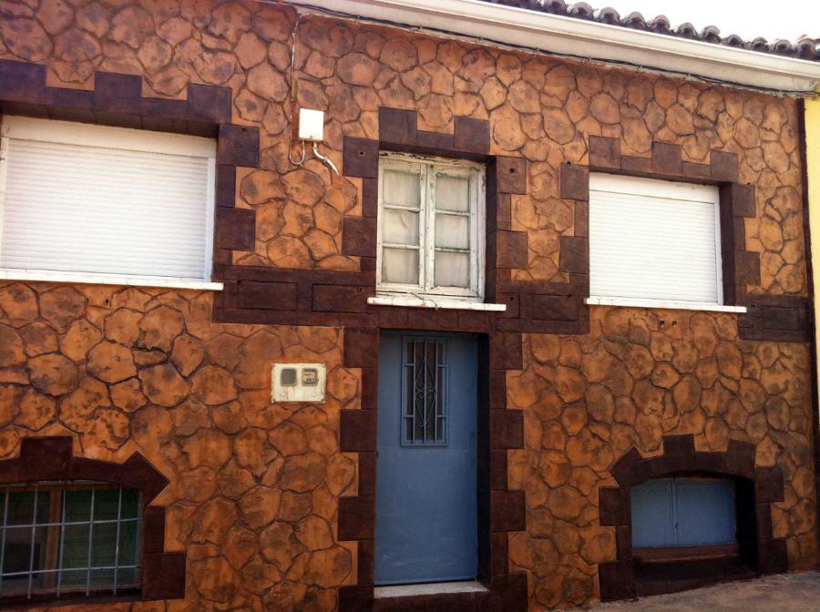 Foto fachada en monocapa impresa imitacion piedra de for Imitacion piedra para fachadas