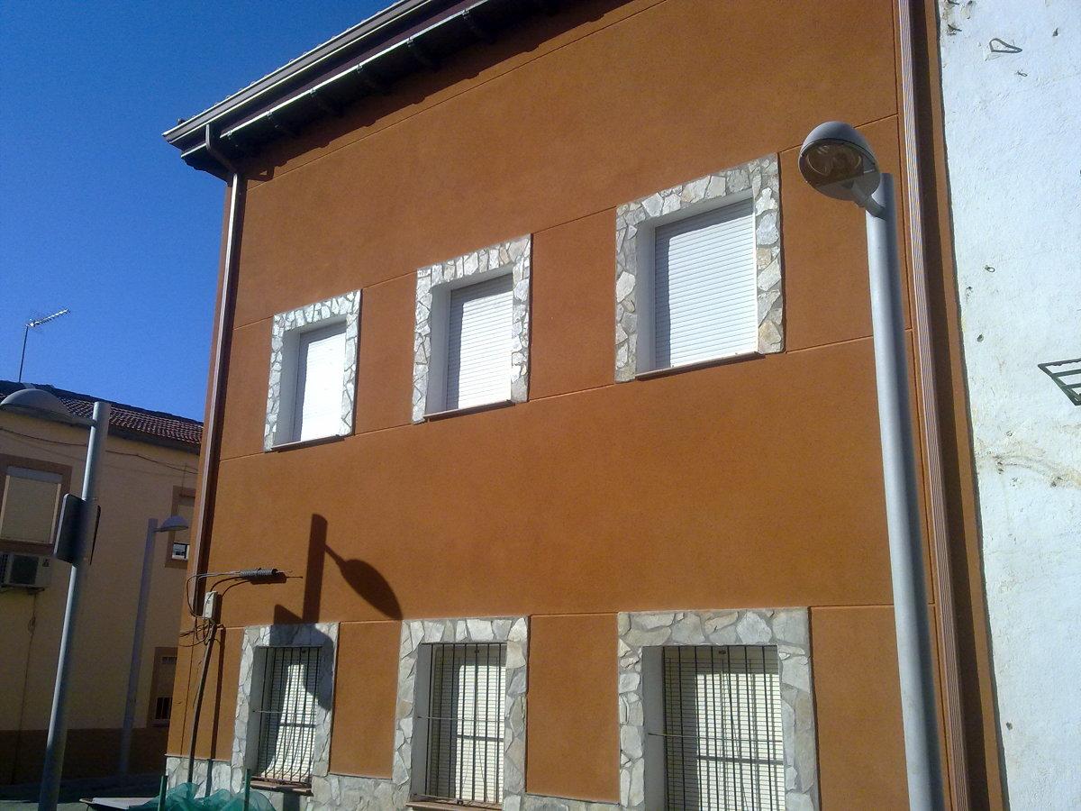 Foto fachada monocapa de fco javier gonz lez ferrer - Mortero monocapa colores ...