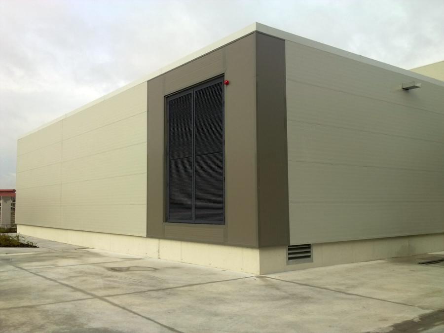 Foto fachada panel sandwich de todo tejados 136256 - Panel sandwich zaragoza ...
