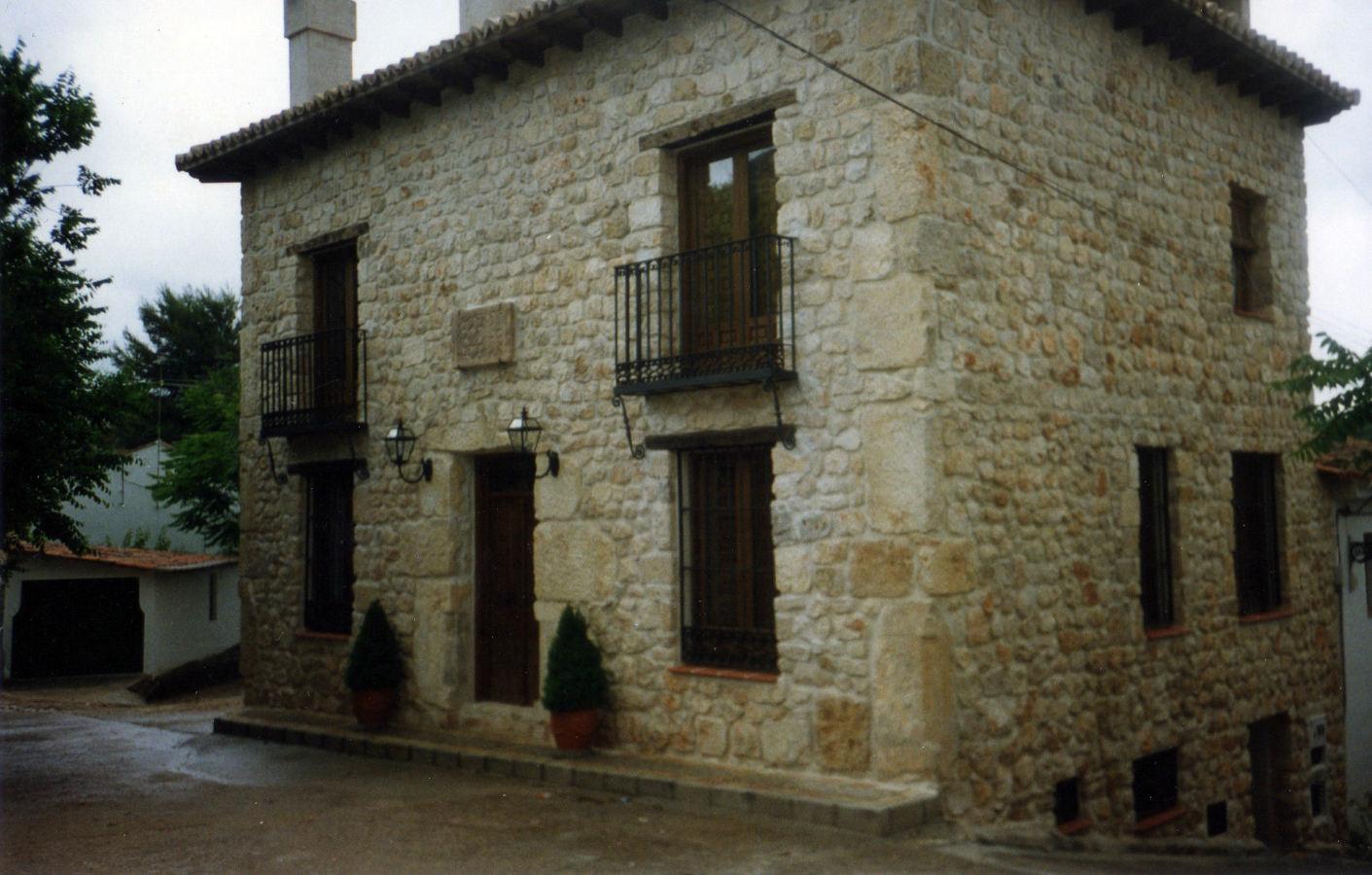 Foto fachada piedra de nubacons 188548 habitissimo for Piedra rustica para fachadas