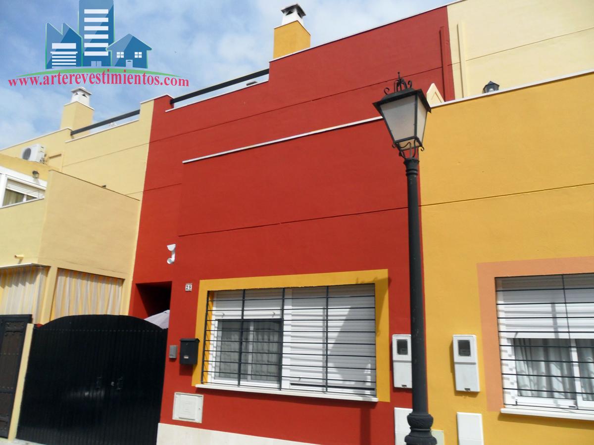 Foto fachada pintada de arte revestimientos 253654 habitissimo - Pintado de fachadas ...