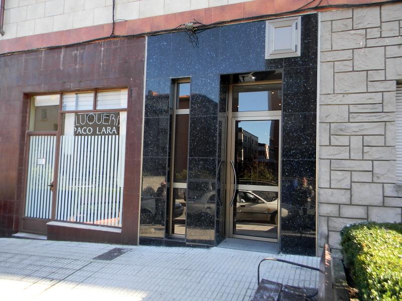 fachada portal granito, fijo ventana y puerta aluminio