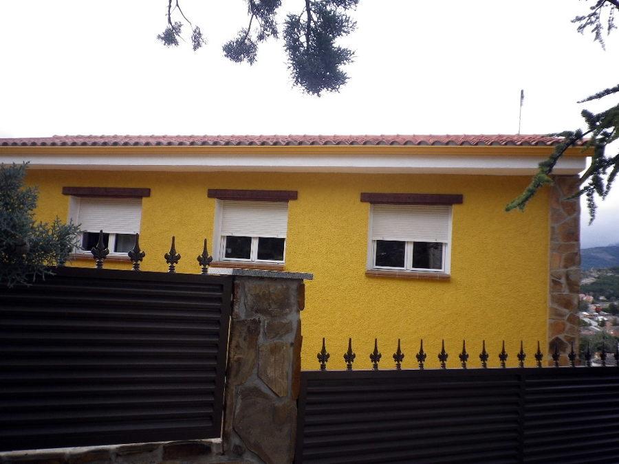 Foto fachada tejado y canalones de elite reformas 144753 for Tejados y fachadas vizcaya
