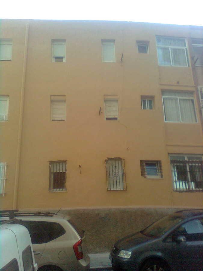 fachada cominidad de vecinos del zapillo