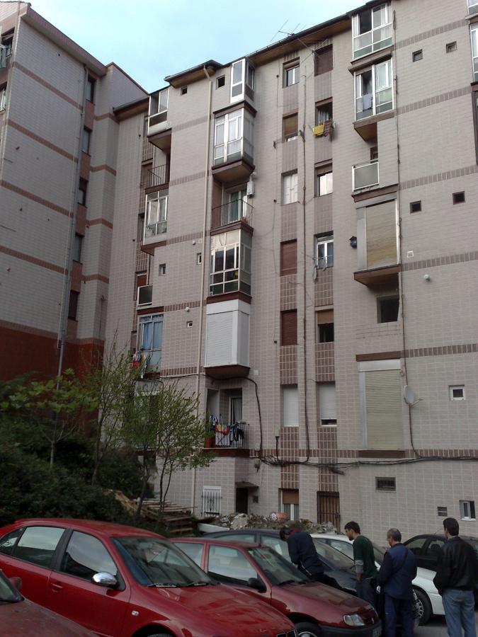 Foto fachadas comunidades de fymarq arquitectos y - Aparejadores albacete ...