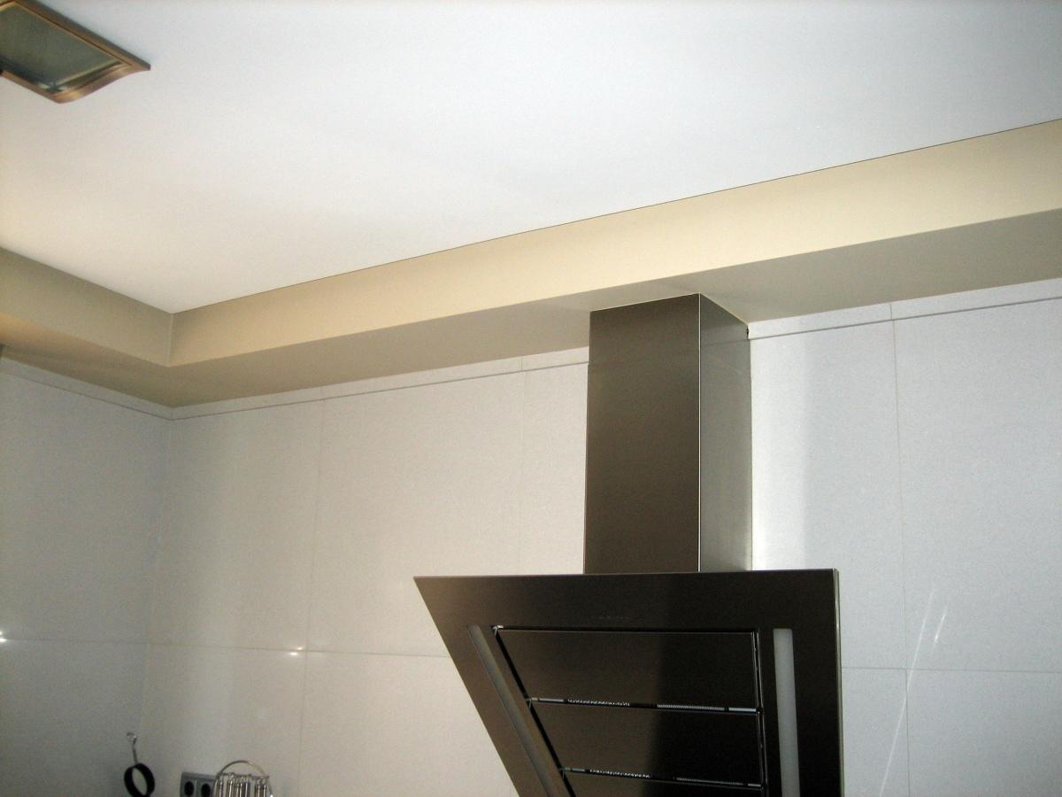 foto falseado tubo de extraccion humos cocina de vicente