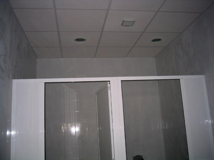 Foto falso techo con acabado vinilico de aislamientos - Hacer falso techo ...