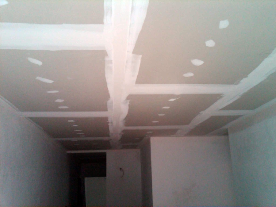 Foto falso techo de ramos vel zquez 363079 habitissimo for Falso techo rustico
