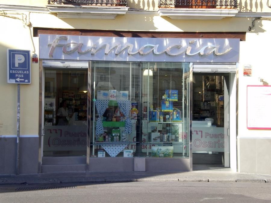 Foto farmacia reformada puerta osario sevilla de ajp - Puertas uniarte sevilla ...