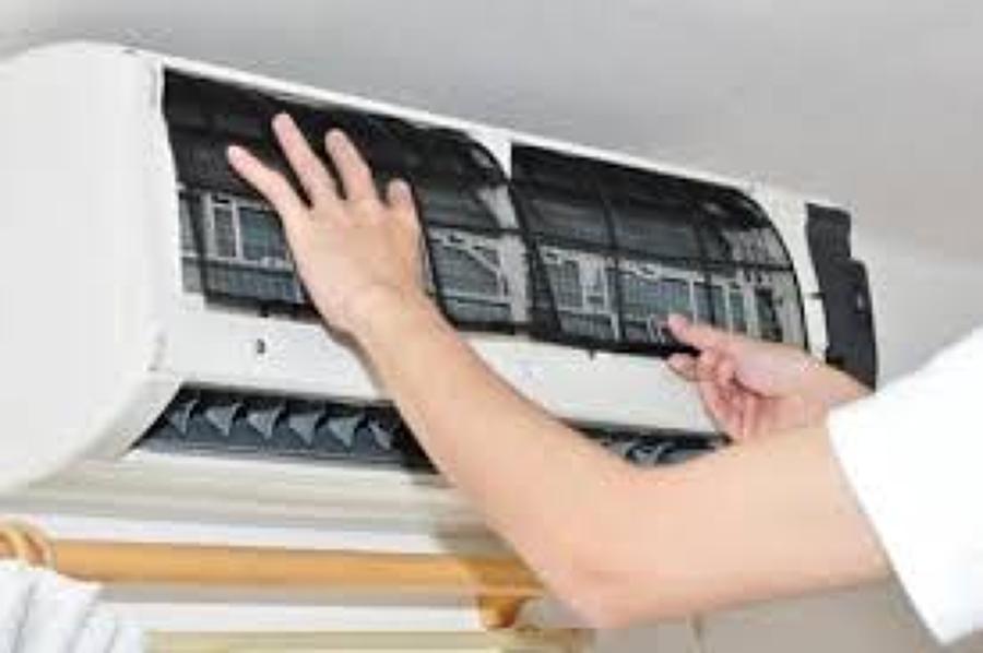 Mantenimiento de aparatos de aire acondicionado