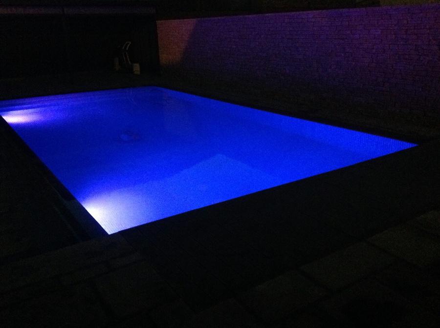 Foto focos led de radu marin piscinas s l 467896 - Focos piscina led ...