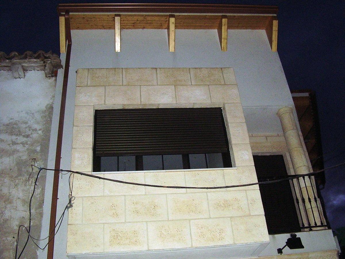 Forrado de fachadas imitacion piedra