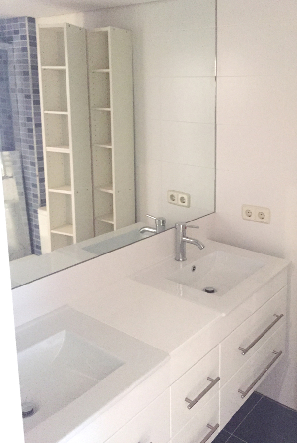 Foto lavabos de 1 y 2 senos de dream house project for Piscina o2 granada