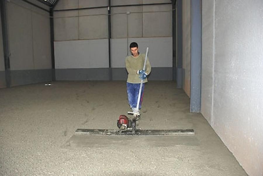 Foto hormigon fratasado de pavimentos y reformas pavisoll for Suelo hormigon fratasado