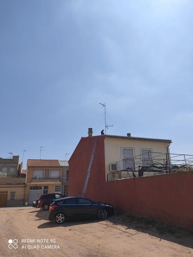 Instalación de antena de TV