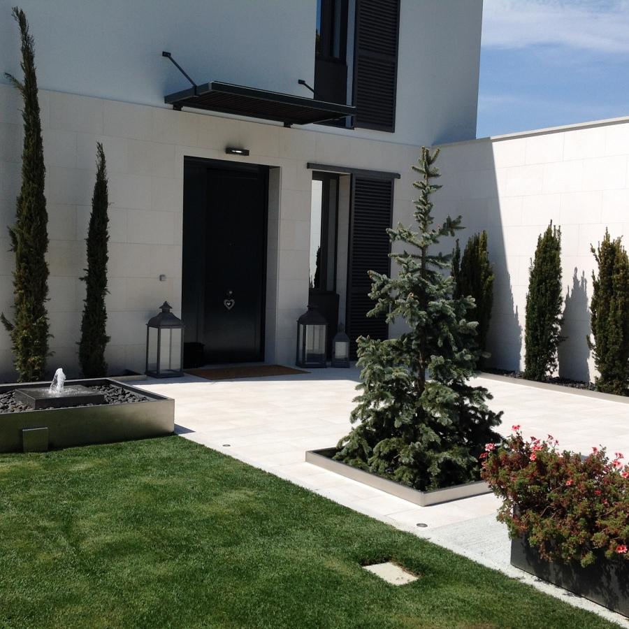 Foto entrada de la casa de jardineria la font 1102708 - Jardineria la font ...