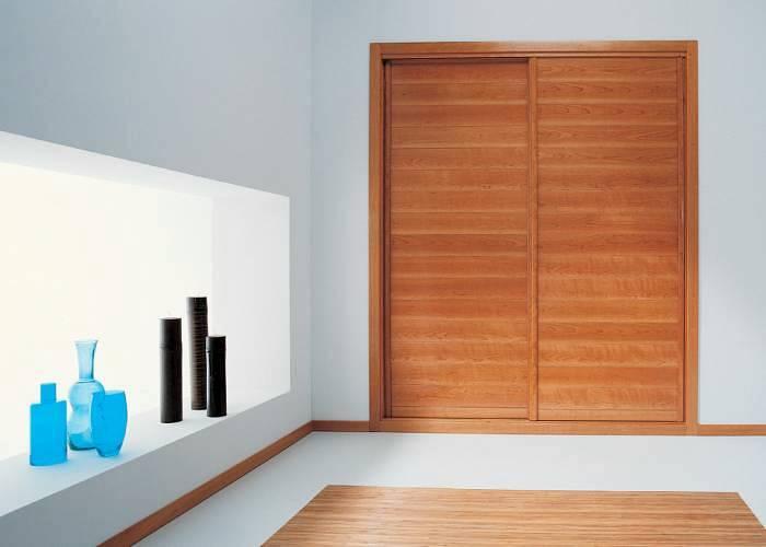 Foto frente de armario corredera cerezo de carpinteria r - Frente armario corredera ...