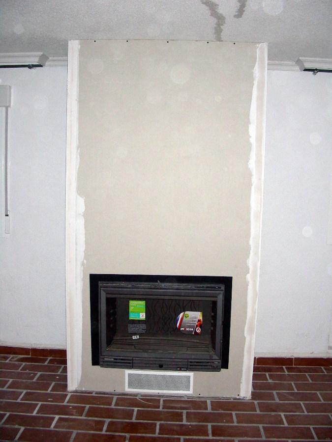 Foto frente de una chimenea de pladur de sin hollin - Frentes de chimeneas ...