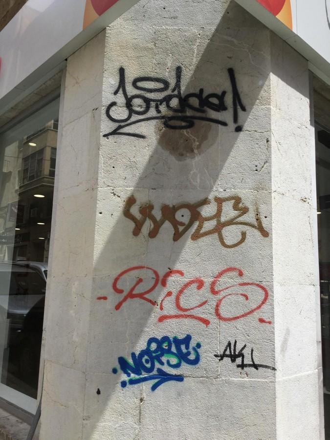 Eliminación de Grafitis Antes..