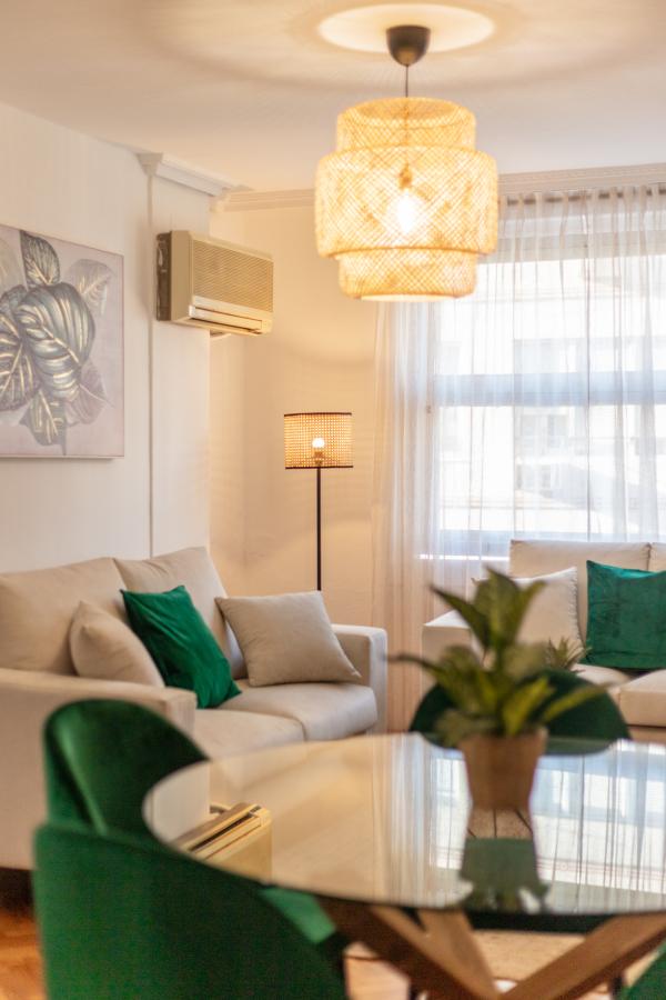 Foto detalle lamparas del salón