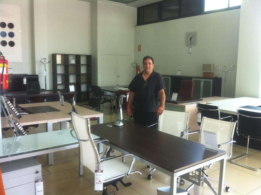 Foto gran especialidad en muebles de oficina de livorno for Muebles de oficina en murcia