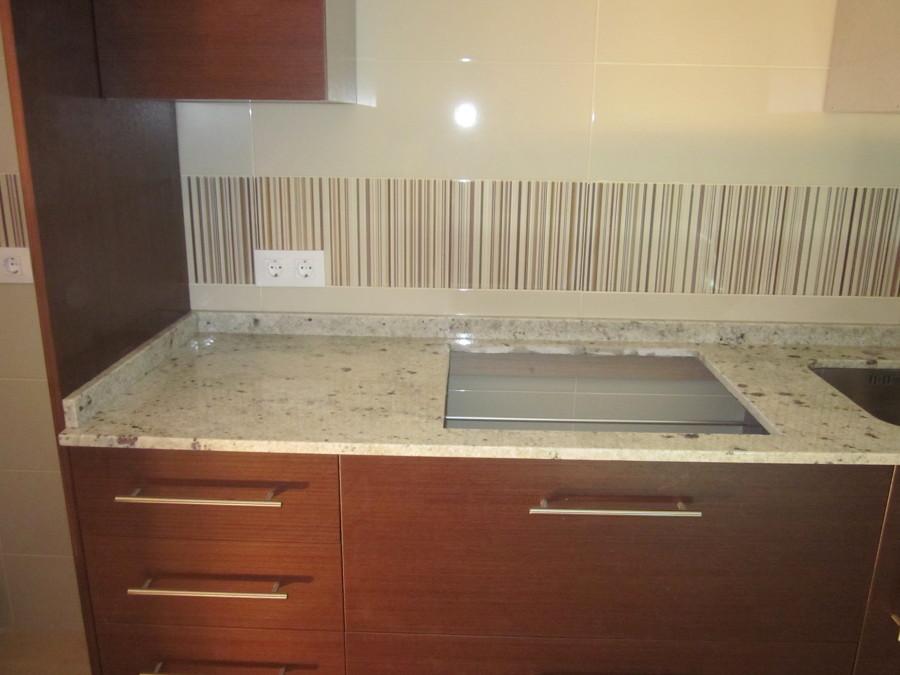 Foto encimera de cocina en granito naturamia warwick de for Encimera cocina granito precio