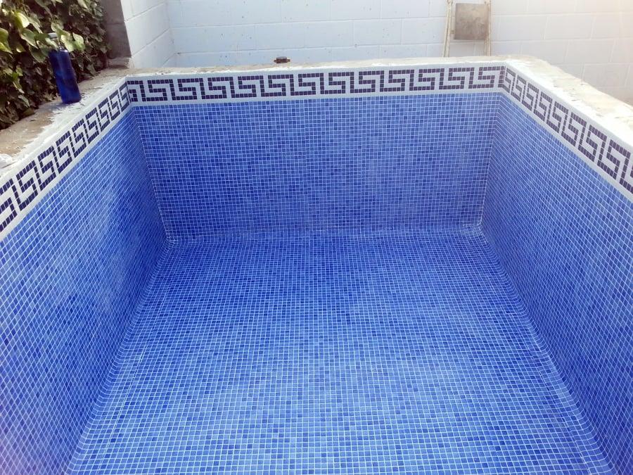 Foto gresite piscina de reformas y limpieza sorale - Gresite piscinas colores ...